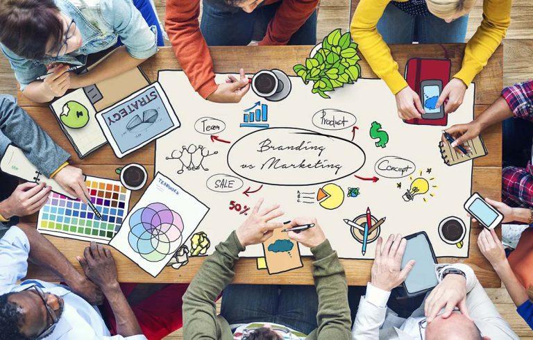 blog marketing versus branding Woerden Uitgelicht